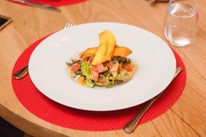 UMA salade poulet fruit exotique
