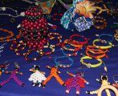 Bracelets, sacs, le macramé revient à la mode